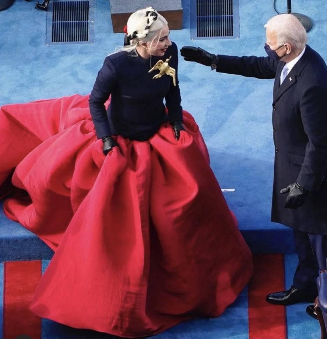Λαμπερές και εντυπωσιακές παρουσίες στην ορκωμοσία Μπάιντεν :Η Λόπεζ, η Γκάγκα και η Μπιγιονσέ
