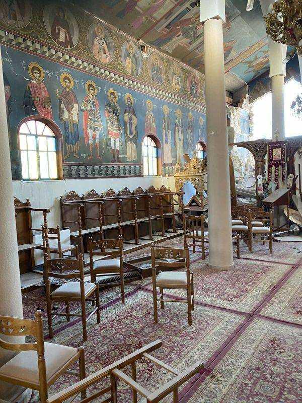 Σοκάρουν οι εικόνες από την γκρεμισμένη εκκλησία στον Αμπελώνα.